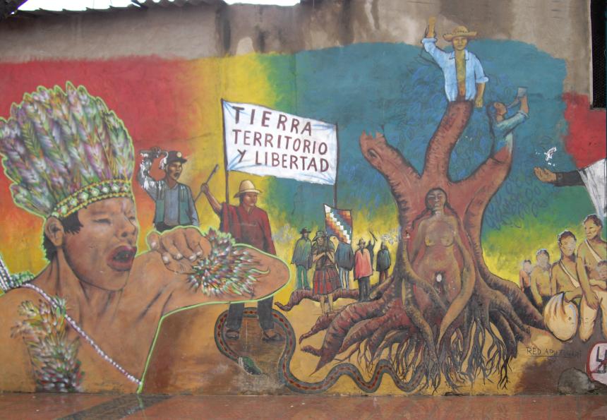 Fresque murale la Terre Mre dans les rues de Cochabamba Bolivie